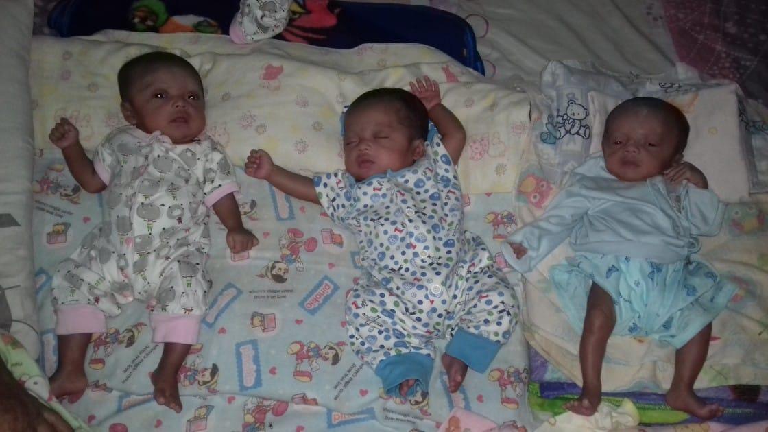 Kembar Tiga yang Ketujuh kembar tiga Kembar Tiga yang Ketujuh Kembar Tiga yang Ketujuh e1472547453732
